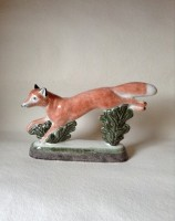 Rye Pottery - English Animals - Hand-made Ceramic Vixen or Fox Front
