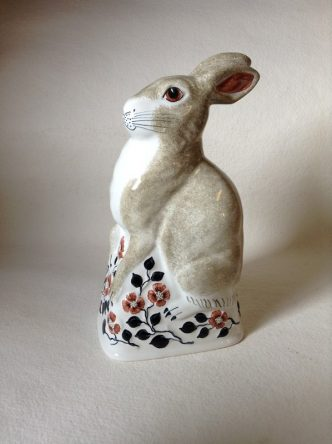 Rye Pottery Hand made and hand painted Ceramic English Animals The Rye Rabbit in London Stone